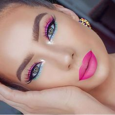Summer vibes stunting 💗 ⠀ ⠀ ⠀ #Makeup #makeuplife #summer #springmakeup #color #colorful Makeup Eye Looks, Pretty Makeup, Gorgeous Makeup, Pretty Nails, Makeup Goals, Makeup Tips, Makeup Ideas, Makeup Primer, Easy Makeup