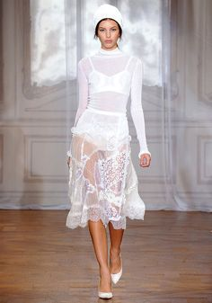 Nina Ricci Spring 2012 — Runway Photo Gallery — Vogue