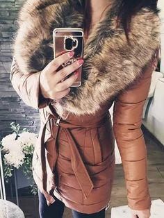 Stylish Coat, Mi Long, Winter Jackets, Fashion, Wraps, Long Dress Patterns, Winter Coats, Moda, Winter Vest Outfits