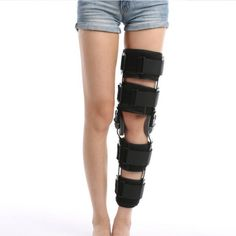 It is made of aluminum bar with immobilization neoprene strap. Sticky cloth fastener straps insure comfortable fit and stabilization Angle adjustment lock allows normal knee joint motion within a suitable range Two sponge pads are to prevent knee scrapes After initial fitting, the brace can be easily removed in one piece and reapplied Hinge is quick setting and limits: Extension from 0°to 120°, flexion from 0°to 90°, Detachable, formable for increased stability