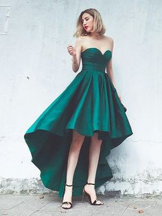 Simple Green Prom Dresses, A-line Asymmetrical Cocktail Dresses,Sweetheart High Low Homecoming Dresses,Satin Ruffles Girls Evening Party Gowns
