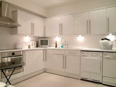 Basement utility room, doubling up as an additional kitchen, by London Basement