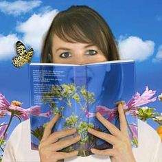 Buch lesen Fantasy-flower-montage of a girl with a book , Book Club Books, Book Art, Books To Read For Women, And July, Woman Reading, Lets Celebrate, Photo Art, Fairy Tales, Photo Editing