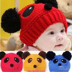 Çocukları yazın güneşten, kışın soğuktan korumanın en iyi yolu şapkalar, bereler oluyor. Her mevsimde çocuk giysilerinin vazgeçilmez parçası olan şapkalar örgüden veya kumaştan yapılabiliyor. Çocuk şapka örnekleri arasında örgü olanlara bir göz atalım istiyoruz. Kış ayları kapımızda olduğuna göre çocuklarınıza şimdiden onları soğuktan koruyacak kışlık iplerden birbirinden sevimli modellerde şapkalar örmeyi planlarınız arasına alabilirsiniz. Örgü …