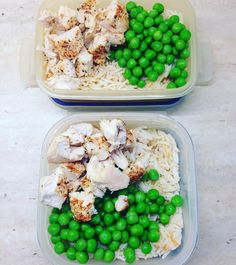 Meal prep for this week  #mealprep #mealprepsunday #sunday #food #recipes #healthyfood #goodfood #nutritiousfood #workoutfood #gymfood #fitness #healthy #gym #fitnessgirl #chicken #rice #peas #deliciousfood #yummy by girlvsfitness_