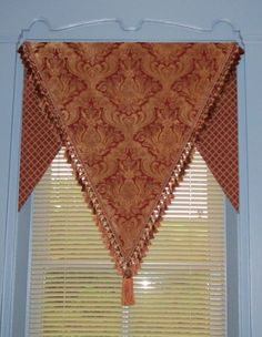 Everyday Artist: Valance Ideas - Casual, Elegant, Fabulous, or Funky--I would do this in an elephant fabric! Tab Curtains, Cool Curtains, Valance Patterns, Valance Ideas, Curtain Ideas, Kitchen Window Treatments, Custom Window Treatments, Gio Ponti, Curtains Childrens Room