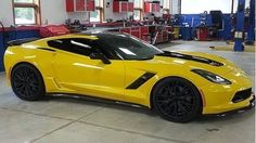 Chevy just confirmed earlier this week that it'll be bringing the 2015 Corvette to the 2014 Detroit Auto Show and now this picture hits the web. 2015 Corvette Z06, Chevrolet Corvette Stingray, Chevy Models, Hot Cars, Dream Cars, Corvettes, Motorcycles, Trucks, Awesome