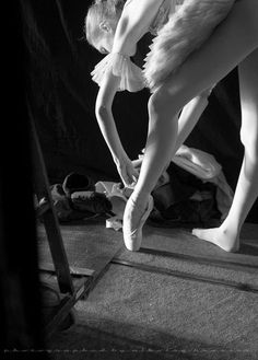 Pointe preparation // ballet // Photo: Nikolay Krusser.