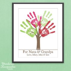 Cute DIY Handprint Tree for Grandparents.