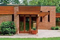 Robert and Elizabeth Muirhead Farmhouse / 1950 Plato Center, Hampshire, Illinois / 1951 / Usonian / Frank Lloyd Wright