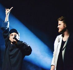 The way Scott looks at Mitch gives me fangirl feels ☝