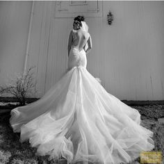 Our beautiful bride wearing our Odette gown from our Tales of The Jazz Age Collection #galialahav