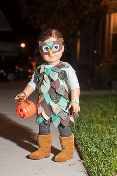 Owl Costume, is this not the cutest ever, I know its on a doll, but bet we could make this fit Lexi!