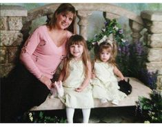 Younger photo of Melissa, Maddie and Mackenzie. Dance Moms Dancers, Dance Mums, Dance Moms Girls, Maddie And Mackenzie, Mackenzie Ziegler, Maddie Ziegler, Dance Photos, Baby Sister, Beautiful Person