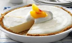 A refreshing, peachy filling and a buttery graham cracker crust are the perfect pair. Get the full recipe for this Frozen Peach Pie by… No Bake Summer Desserts, Frozen Desserts, Just Desserts, Delicious Desserts, Dessert Recipes, Yummy Food, Potluck Recipes, Pie Dessert, Peach Pie Recipe With Frozen Peaches