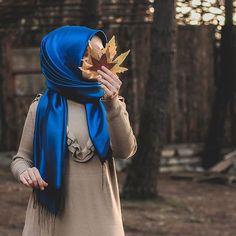 Image may contain: one or more people people standing and outdoor Tesettür Tunik Modelleri 2020 Hijabi Girl, Girl Hijab, Hijab Outfit, Modern Hijab Fashion, Muslim Fashion, Lovely Girl Image, Girls Image, Muslim Girls, Muslim Women