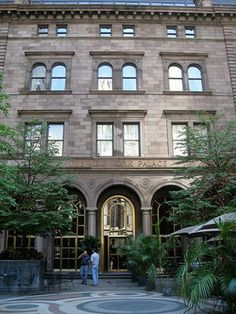 The New York Palace Hotel is used as the home of the Chuck Bass, as well as the Van der Woodson family on Gossip Girl. The restaurant GILT was located in the New York Palace Hotel #GossipGirlNY