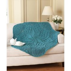 Pinwheel throw - Rich textures make this knit throw a show stopper! Shown in Aqua. Crochet Afgans, Knit Or Crochet, Crochet Crafts, Crochet Projects, Yarn Crafts, Crochet Ideas, Diy Crafts, Knitted Afghans, Knitted Blankets