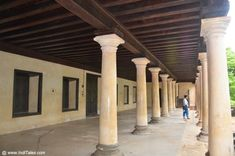 Foyer Padmanabhapuram palace Tourist Places TOURIST PLACES : PHOTO / CONTENTS  FROM  IN.PINTEREST.COM #TRAVEL #EDUCRATSWEB