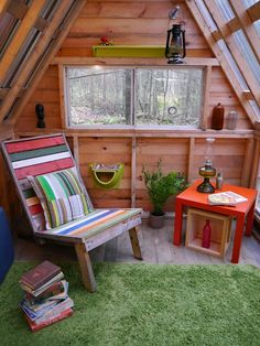Relaxshacks.com: Hey Cabin Builders n' Tuftex Fans- WIN $200 from Lowes, and Deek's Autographed Book!