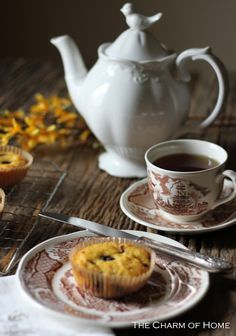 The Charm of Home: Spring Tea (blueberry lemon muffins recipe) Coffee Photography, Food Photography, Lemon Blueberry Muffins, Autumn Tea, Cuppa Tea, Tea Art, My Cup Of Tea, High Tea, Afternoon Tea