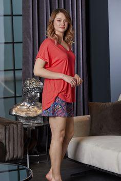 Mavi Hint Desen Votex Viskon Kırmızı V Yaka Tshirt Şortlu Bayan Ev İçi Giyim | Pijama.com.tr Pj, Sequin Skirt, Sequins, Sleep, Skirts, How To Wear, Fashion, Babydoll Sheep, Moda