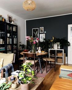 my scandinavian home: Igor of Happy Interior Blog's Happy, Plant-filled Space