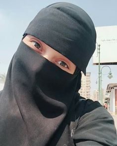 Hijab Fashion Summer, Women's Fashion, Hijab Dpz, Face Veil, Hijab Niqab, Hijabi Girl, Cute Eyes, Aesthetic Anime, Most Beautiful Women