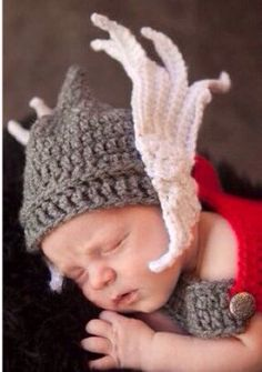 Crochet Pattern  Newborn Thor Marvelous by Wprettylittlethings, $6.99