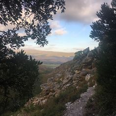 Looks like out from a fairytale book . but its only the view from Phillipskop (Western Cape South Africa) Fairytale Book, World Of Wanderlust, G Adventures, Hiking Trails, Kos, South Africa, Cave, Fairy Tales, Road Trip