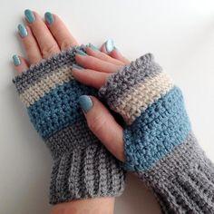 Stormy Skies Crochet Fingerless Mittens | Craftsy