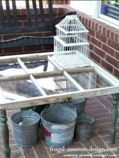 upcycling table legs   Old wooden crates provide the supporting structure for this snazzy ...