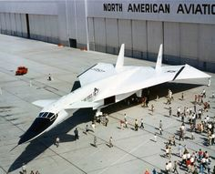 Photos by Ralph Crane The North American Aviation XB-70 Valkyrie(1964-69) is the prototype of the B-70 nuclear-armed, deep-penetration strategic bomber for the U.S. Air Force's Strategic Air Command. https://en.wikipedia.org/wiki/North_American_XB-70_Valkyrie