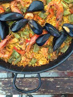 Das Restaurant BUNGALOW in Ciudad Jardin auf Mallorca - einer DER HOTSPOTS für Paella auf der Insel! Mehr auf dem Blog!