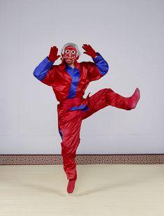 charles_freger_talchum_2013_002 Korean Traditional, Traditional Outfits, Charles Freger, Cool Costumes, Ronald Mcdonald, Culture, Poses, People, Portrait