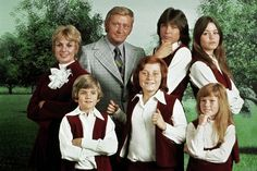 "This 1970 photo released by courtesy of Sony Pictures Television shows, back row, from left, cast members, Shirley Jones, Dave Madden, David Cassidy, Susan Dey, and front row, from left, Brian Forster, Danny Bonaduce and Suzanne Crough of the television series, ""The Partridge Family."" Madden, who played the child-hating agent on the hit 1970s sitcom, died on Jan. 16, 2014, at age 82."