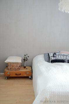 Bedroom, Projektila