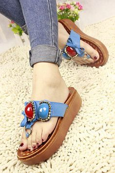 Bow large gem muffin sandals