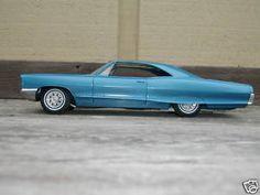 1966 Pontiac Bonneville 2 Door Ht promo model Promotional Model, Pontiac Bonneville, Scale Models, Grand Prix, Vintage Toys, Track, Cars, Classic, Derby