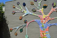 Fordham Ave Kindergarten Tree of Life Mosaic, Rebecca Odgers, 2012.