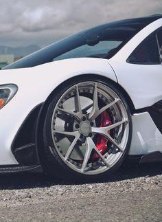 more + mclaren коляски Top 10 Supercars, Rims And Tires, Bugatti Cars, Forged Wheels, Car Engine, Latest Cars, Car Shop, Car Wheels, Car Wallpapers