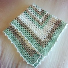 Ravelry: Littlewing17's Granny Square Baby Blanket