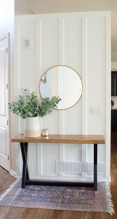 How to do a DIY Vertical Paneled Accent Wall - Making Home Pretty - DIY vertical paneled accent wall. This is an easy board and batten wall for the home. Black Accent Walls, Accent Walls In Living Room, Accent Wall Bedroom, Paint Accent Walls, Accent Wall In Bathroom, Accent Wall Decor, Accent Wall Designs, Entry Wall, Ship Lap Walls