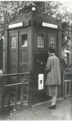 Old Photographs Of Glasgow Glasgow Police, Barn Kitchen, London History, Doctor Who Tardis, Police Box, Old Photographs, Old London, Time Lords, Street Photo