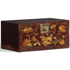 Antique blanket chest from Qinghai, still with original painted red lacquer finish and old brass hardware. The beautifully detailed paintings on the front depict flowers and fluttering butterflies in subtle autumnal colours. #ChineseTrunk #ShabbyChicChest