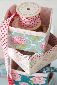 Love The Boxes And Ribbon.......