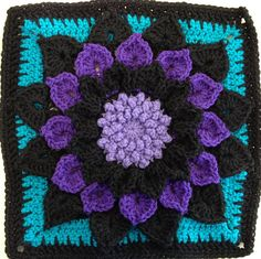 Love this colorway: The Crocodile Flower Square: free pattern