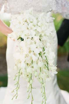 Cascading White Floral Bouquet- all white dendrobium orchids Bouquet En Cascade, Cascading Wedding Bouquets, Bride Bouquets, Bridal Flowers, Flower Bouquet Wedding, Bridesmaid Bouquet, Floral Bouquets, Floral Wedding, White Orchid Bouquet