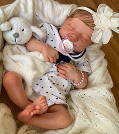 Reborn Baby Levi Wiedergeborene Babys, Reborn Babies, Onesies, Etsy, Kids, Clothes, Birth Certificate, Pacifiers, Kleding