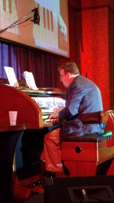 Home Organ Spectacular concert featuring Jim Vogelman at the new Lowrey LE6500 Liberty.